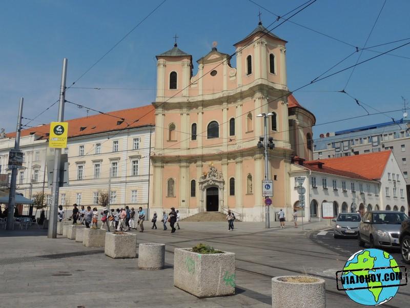 iglesia-trinitarias-Bratislava-Viajohoy-com