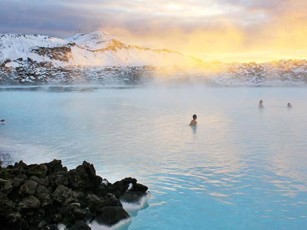 Baños termales en la laguna azul spa