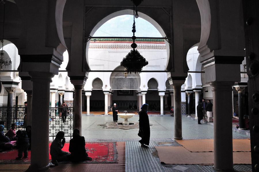 mausoleo-mulay-idris-patio