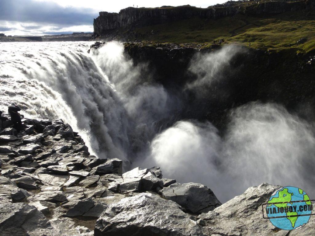 cascada-Hafragilsfoss-Islandia-viajohoy10