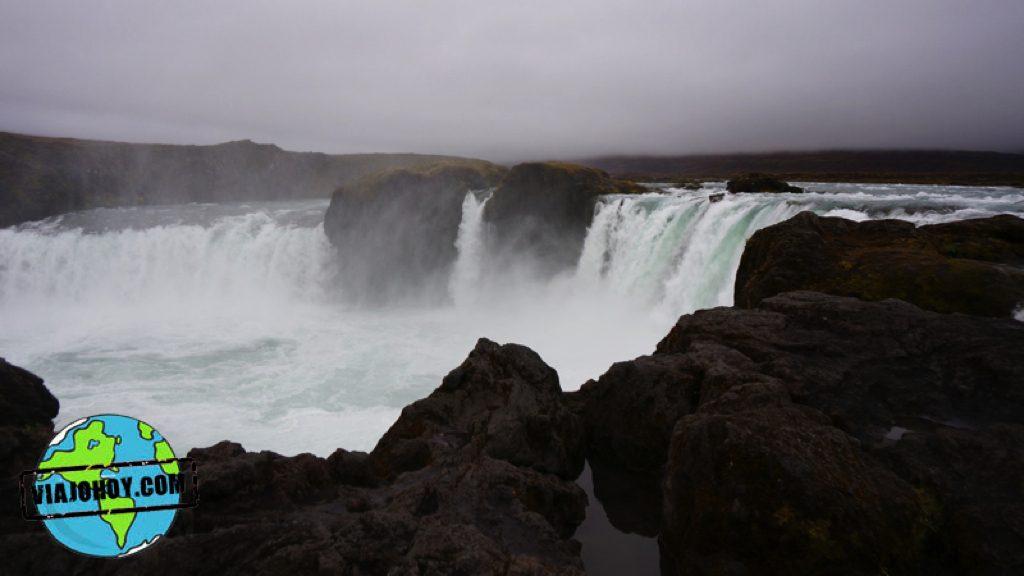 cascada-godafoss-islandia-viajohoy36