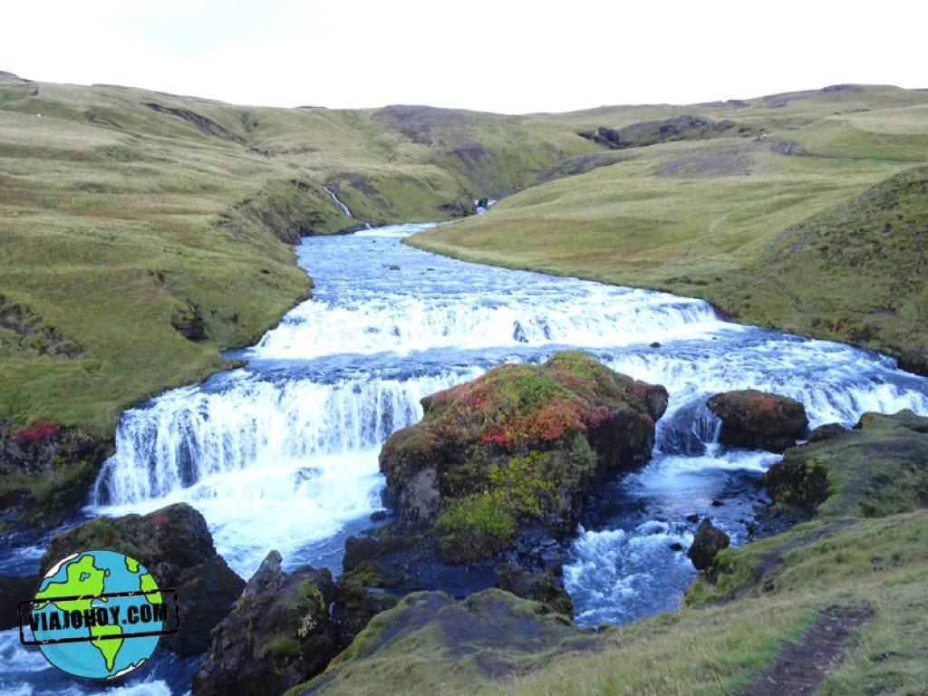cascada-skogafoss-islandia-viajohoy3