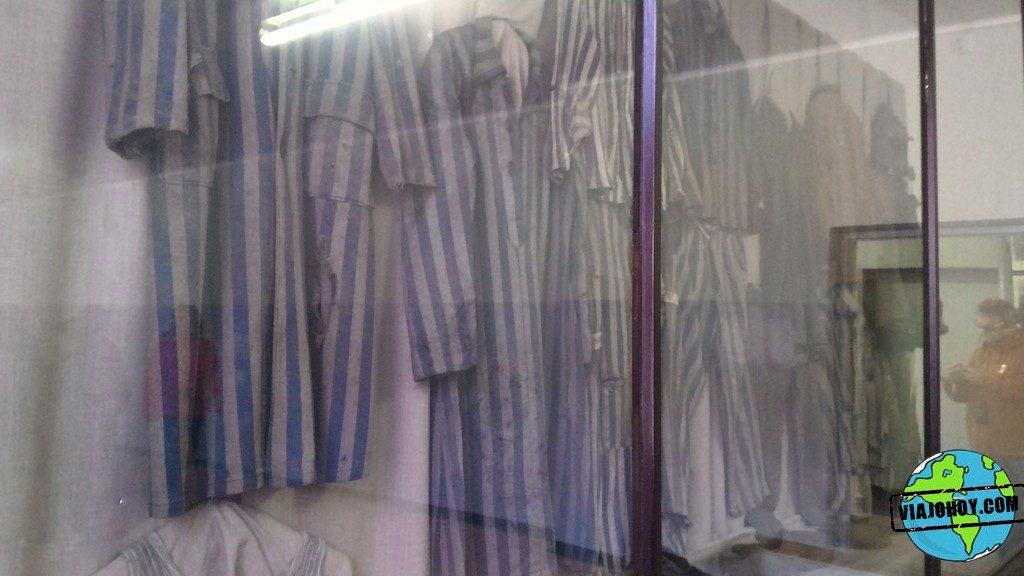 Visita-Auschwitz-viajohoy300