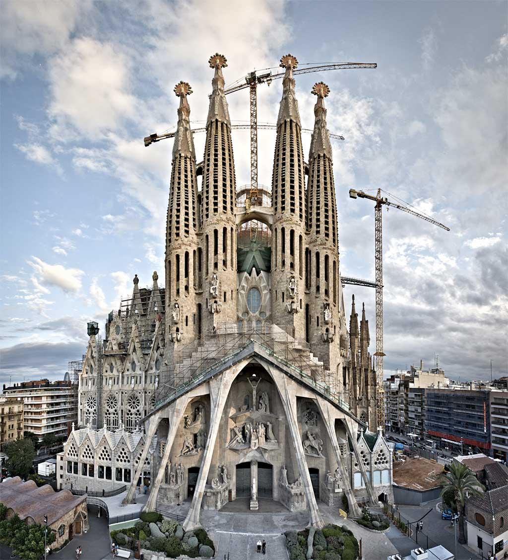 Sitios para visitar en espa a for Sitios turisticos de madrid espana